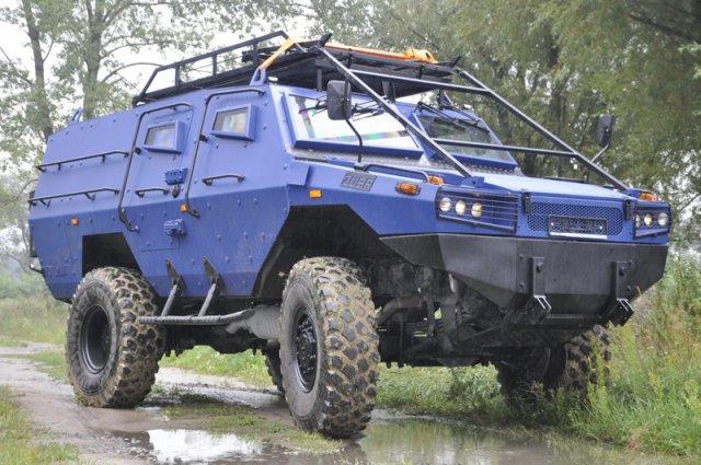 ŻUBR for Police